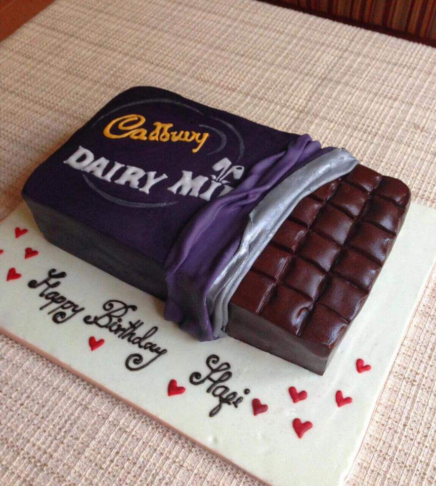 Dairy Milk Cake Cake Connection Online Cake Fruits
